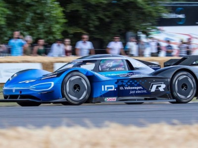 Volkswagen ID R bate recorde de Goodwood
